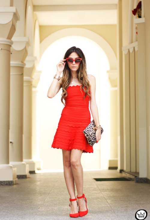 Chic-Red-Dress-Outfit-Idea-for-Valentines-Day
