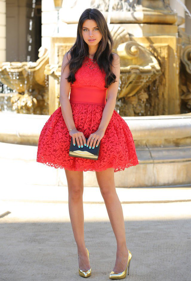 Lovely-Red-Dress-for-Valentines-Day