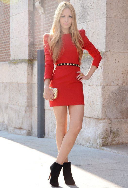 Pretty-Red-Dress-for-Valentines-Day