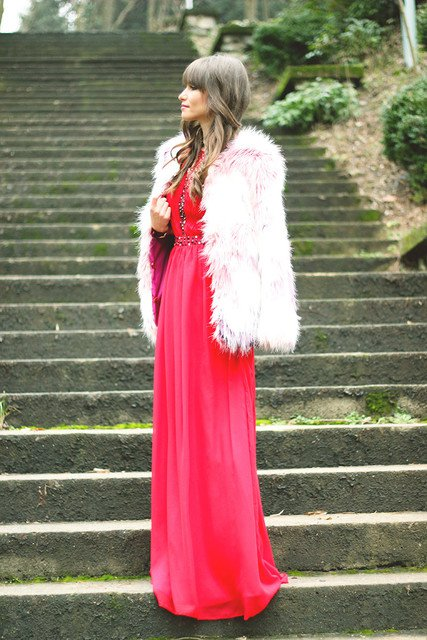 Red-Long-Dress-with-White-Fur-Coat